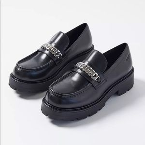 Vagabond Cosmo 2.0 Chain Loafer Chunky Lugged Sole Silver Hardware